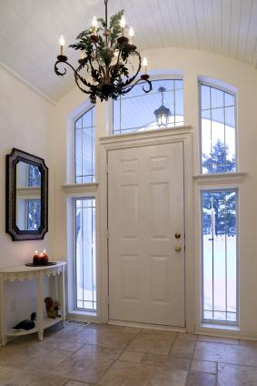 Home entry decorating ideas lovetoknow for Front entryway decorating ideas