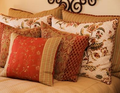Decorating With French Country Pillows Lovetoknow