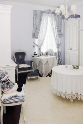 Paris Themed Room Décor Ideas