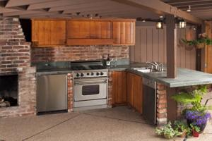 Enclosed Outdoor Kitchen