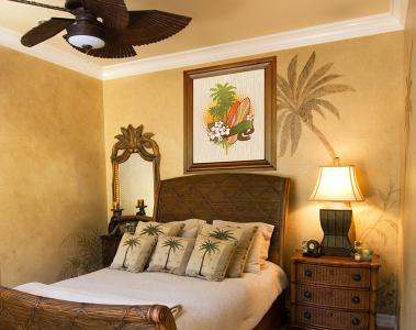 Surf-Themed Room Décor