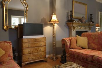 TV that can hide in dresser