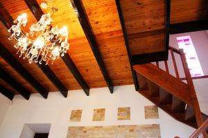 Beams with beadboard panels