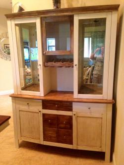 China Cabinet After Chalk Paint
