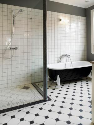 Black And White Bathrooms LoveToKnow - Black and white bathrooms ideas