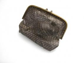 Aliyah Gold Mouse Trap Purse