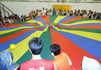 parachute game using ball