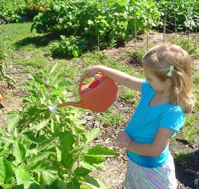4yo Meghan at gardening class