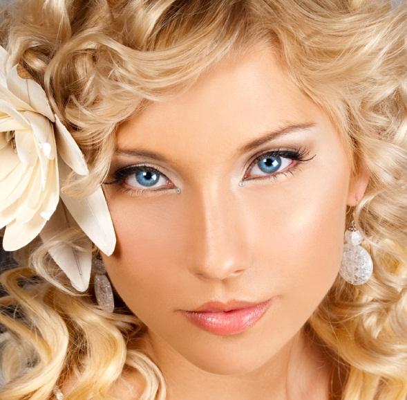 Свадебный макияж для зеленых глаз для блондинок