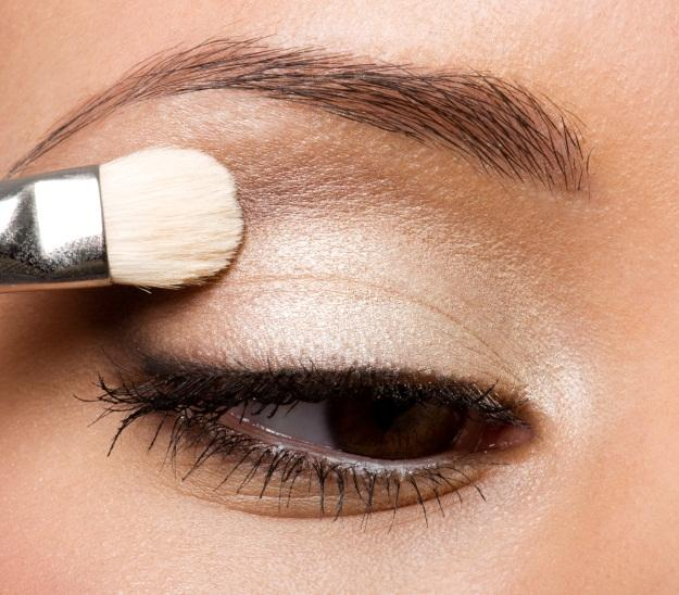 Step by step eye makeup photo tutorial lovetoknow blending eye shadow ccuart Gallery