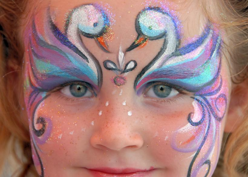 Free festive face paint design photos slideshow for Fairy painting easy