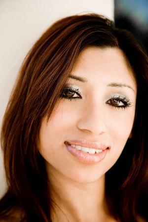 http://cf.ltkcdn.net/makeup/images/slide/87504-300x449-iStock_000008121224Small.jpg