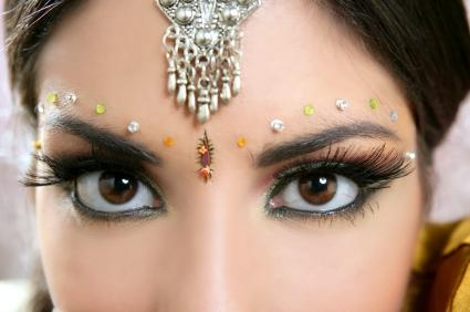 Model in Indian makeup.