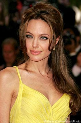 Get Angelina Jolie's Look