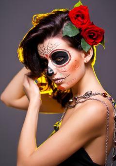 Dead face make-up