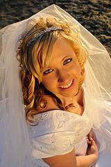A beach bride that looks fantastic!