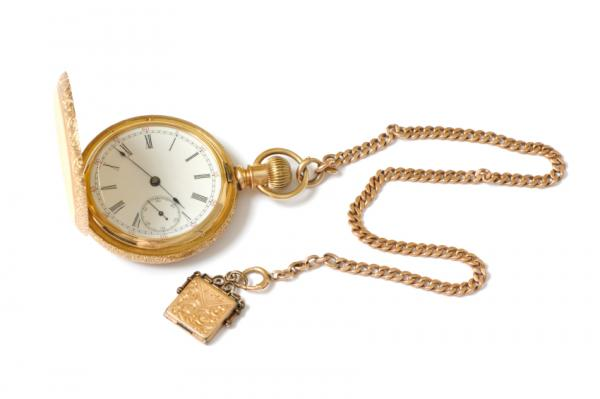 Gold Pocketwatch Fashion Style in 1800's for Men