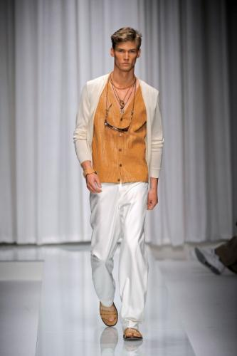 Handsome White Versace Dress with Formal Hairstyle for Men in Spring 2011
