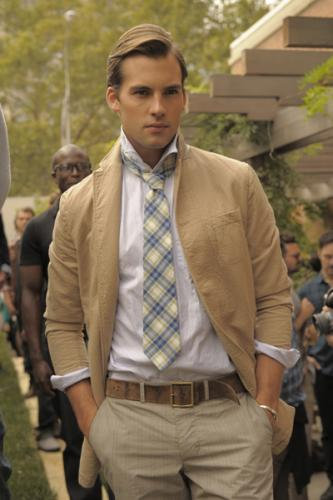 Casual Brown Jacket Fashion Combine with White Shirt and Tie Style for Men