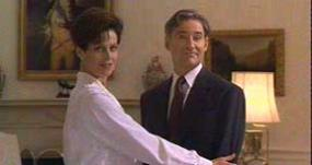 Kevin Kline and Sigourney Weaver in Dave