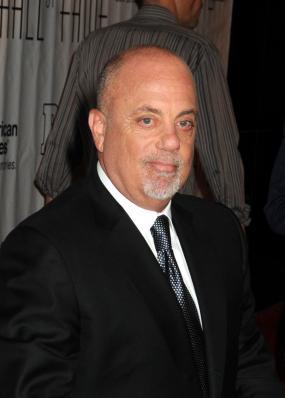 Billy Joel; Janet Mayer / PR Photos