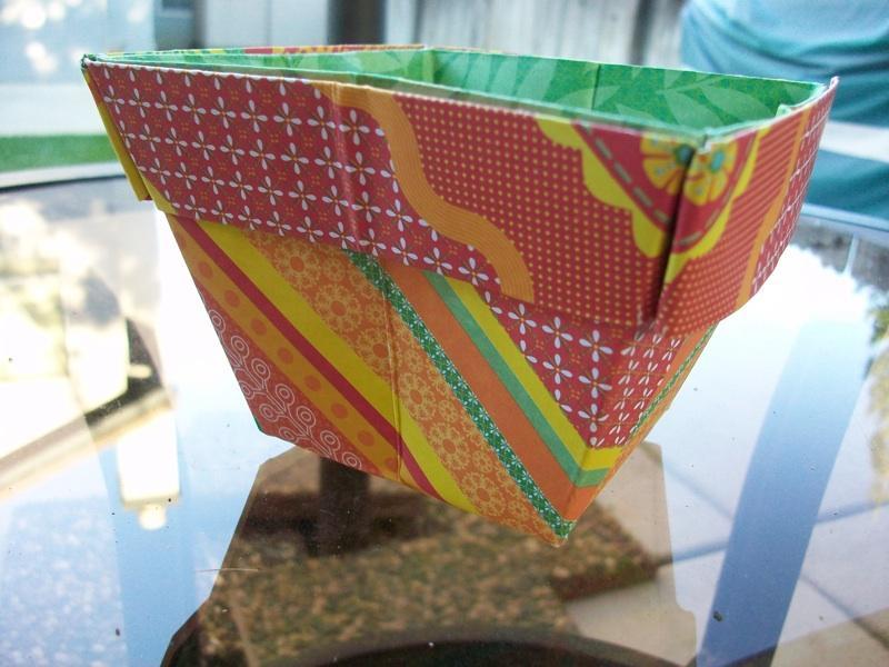 origami paper folding into pots slideshow. Black Bedroom Furniture Sets. Home Design Ideas