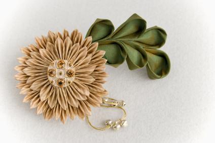 Kanzashi flower