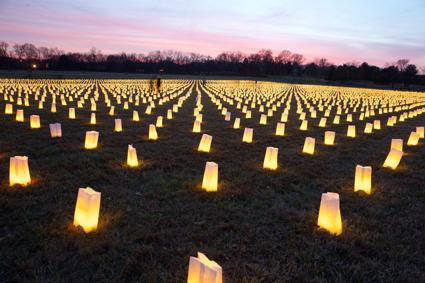 Tribute to 10,000 fallen Civil War soldiers at Franklin Battlefield