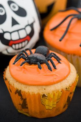 spider on cupcakes