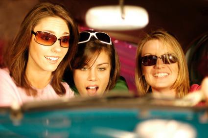 Bachelorettes on a road trip