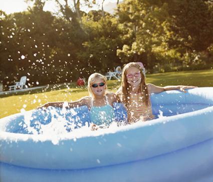 Kiddy pool fun