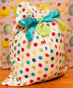 pillow case gift wrap
