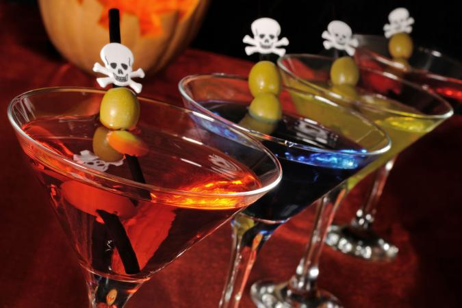 Halloween party drink recipes for Alcoholic drinks for halloween punch