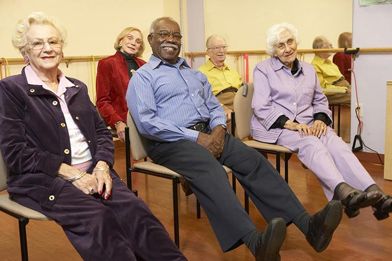 leg exercise clip older adult