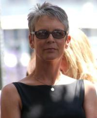 Jamie Lee's short 'do looks great on mature women of all ages.