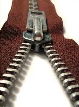 heavy duty zipper