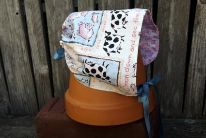Reversible Baby Bonnet