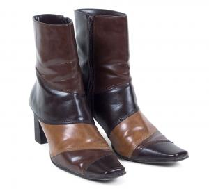 Multi brown boot