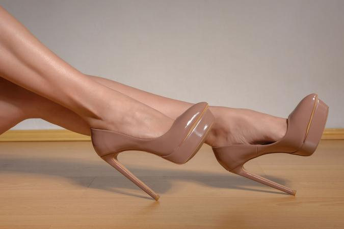 pump six inch heel
