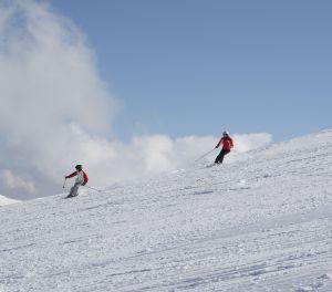 crud skiing