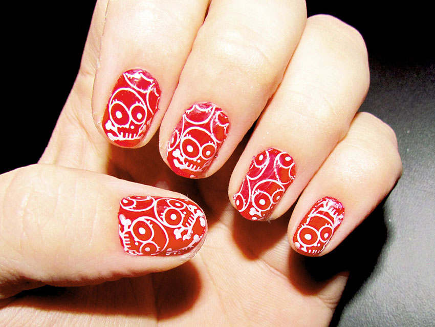 Skull nail art lovetoknow more detailsmore prinsesfo Image collections