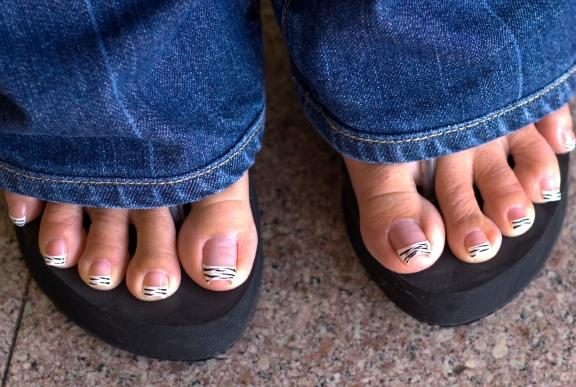 how to make pedicure at home video