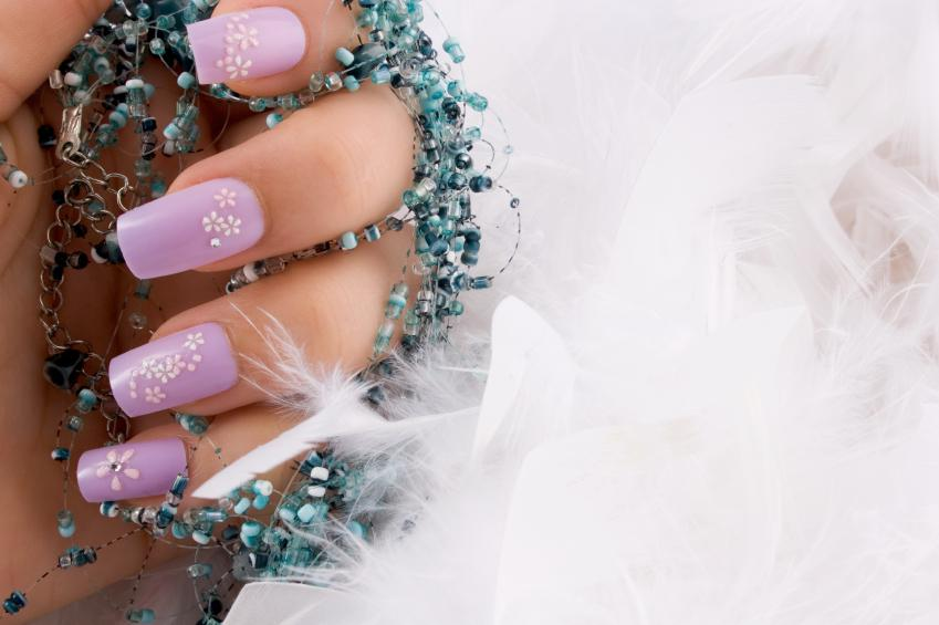 nails with decals