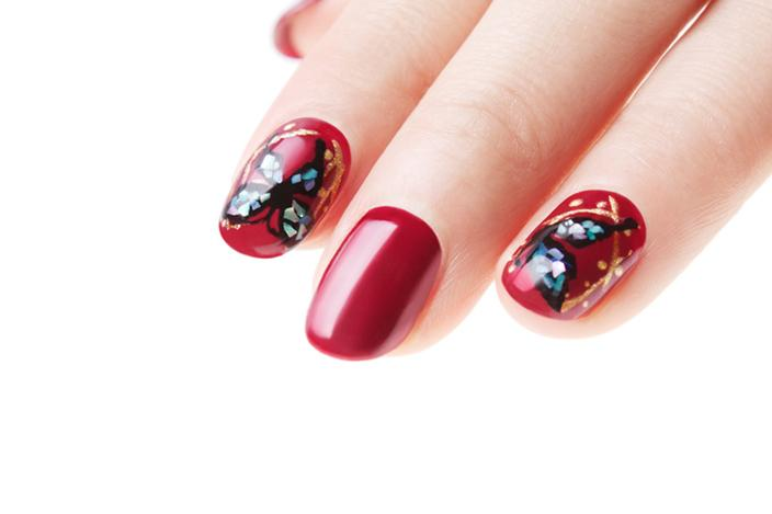 Red nails with butterflies