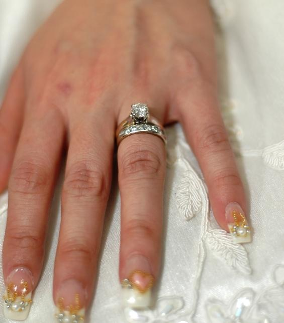 wedding nails with pearls and hearts