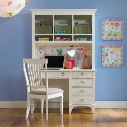 Brookleigh Desk from Hayneedle.com