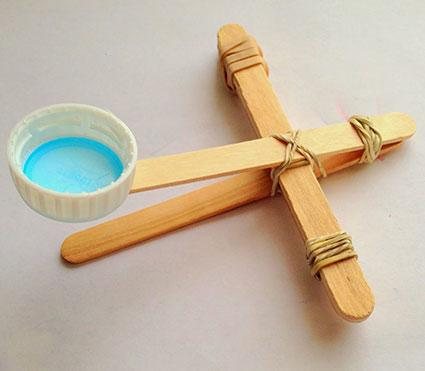 Popsicle stick catapult by whatilivefor.net