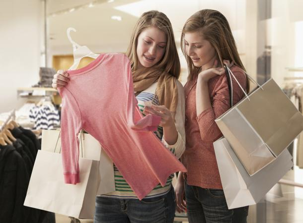 of teens shopping Pictures