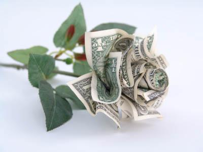 Money flowers make a nice gift presentation.