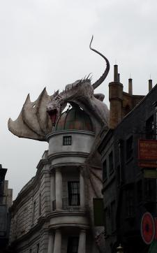 Diagon Alley: Dragon